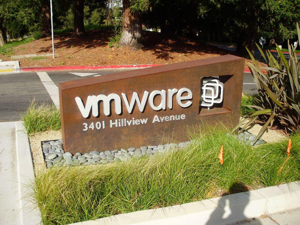 Múltiples vulnerabilidades en productos de VMware.